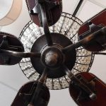 antique-style-metal-wood-ceiling-fan