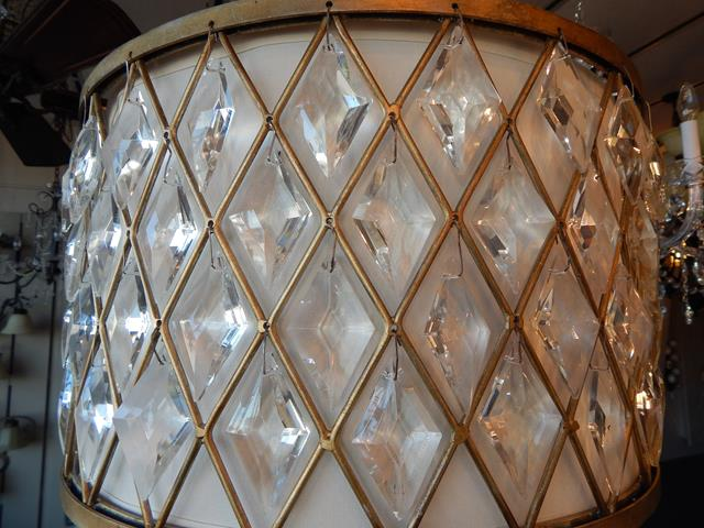 crystal-metal-shade-pendant-light