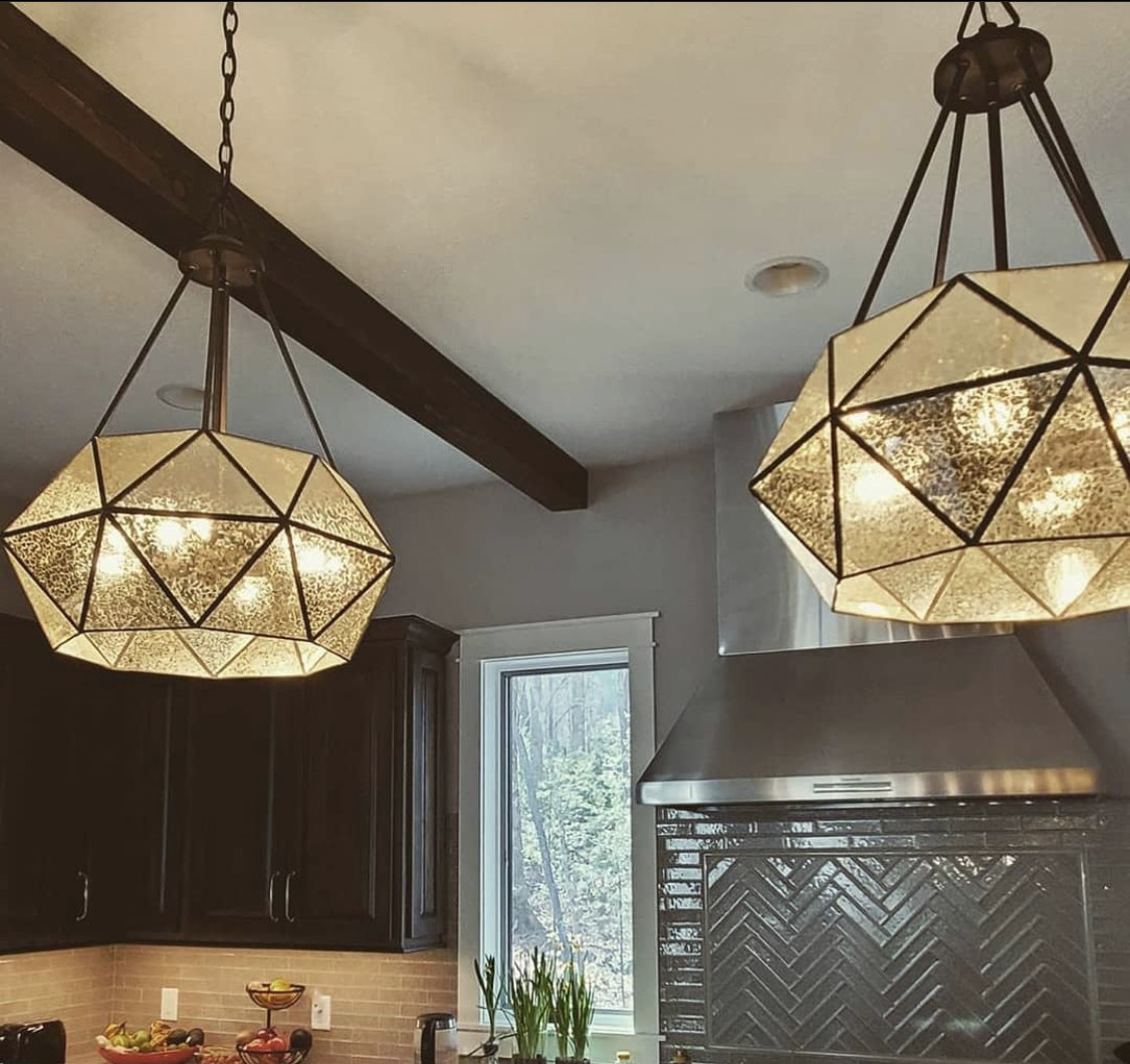 geometric-antiqued-glass-metal-pendant-fixture