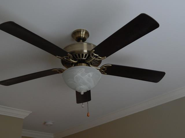 indoor-wood-metal-frosted-glass-ceiling-fan-light