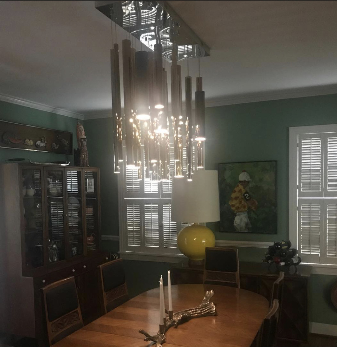 modern-hanging-metal-tube-chandelier
