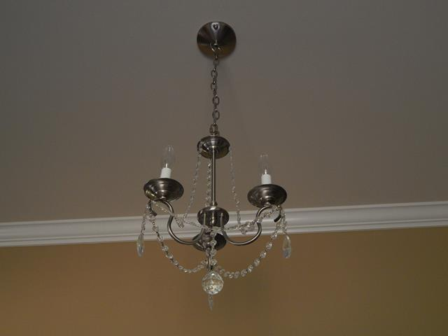 three-light-metal-crystal-indoor-chandelier