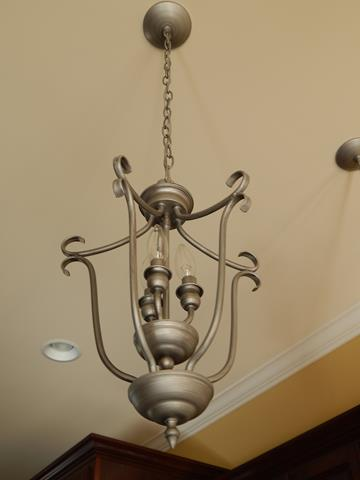 three-light-metal-pendant-fixture