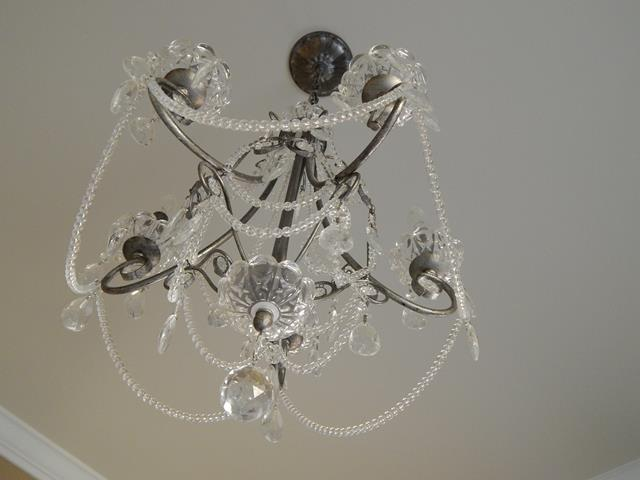 traditional-crystal-metal-hanging-chandelier