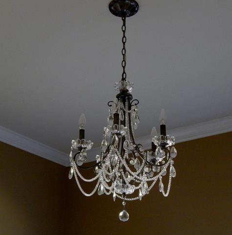 traditional-metal-crystal-chandelier