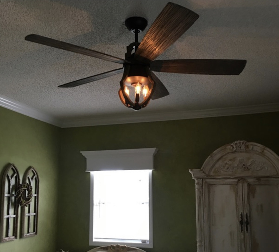 wooden-five-blade-chandelier-fan
